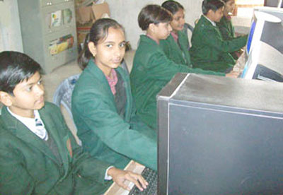 Computer lab of G S Convent School Sitarganj best school in sitarganj uttarakhand India